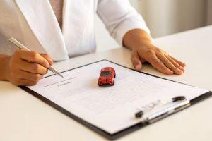 אותיות קטנות וביטוח רכב